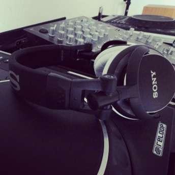 Sony mdr-v55 review by Avine